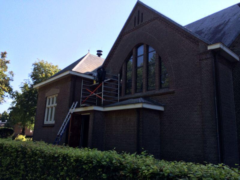 Scheurherstel & Gevelrenovatie - Kerk Emmer-Compascuum - De Beuck Gevelrestauratie - Voegen - herstel scheurvorming